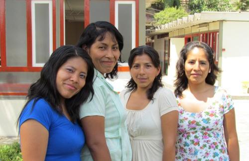 Maestras de Inicial de Huanta: Betty Cueva Oscategui, Carmen Mariella Alta Reyes, Enedina Quispe Quispe y Jeimy Rojas García.